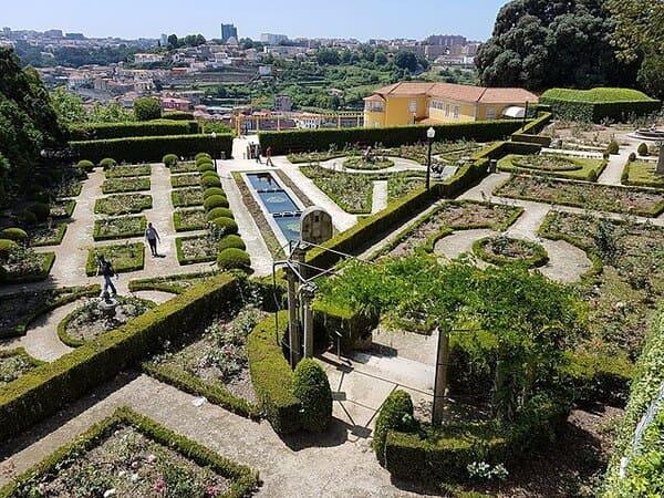 Jardins-du-Palais-de-Cristal-Portugal
