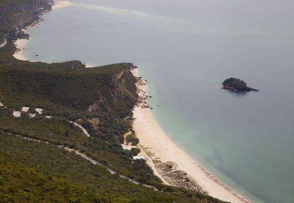 Le-Parc-naturel-de-lArrabida-Portugal