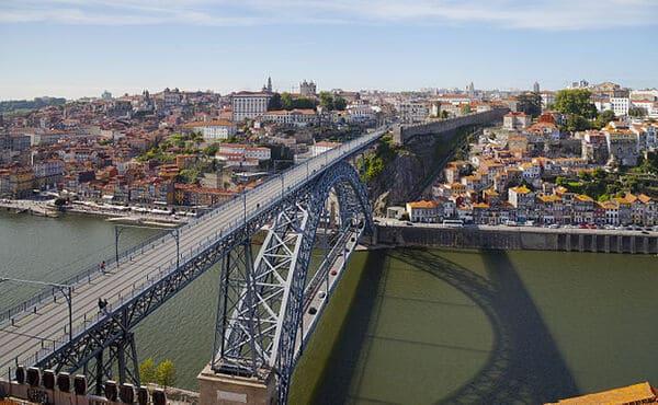 Le-Pont-Dom-Luis-Ier-Portugal