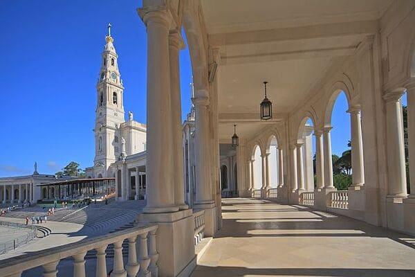 Sanctuaire-de-Notre-Dame-de-Fatima-Portugal