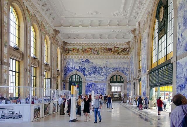 La-stazione-di-Porto-Sao-Bento