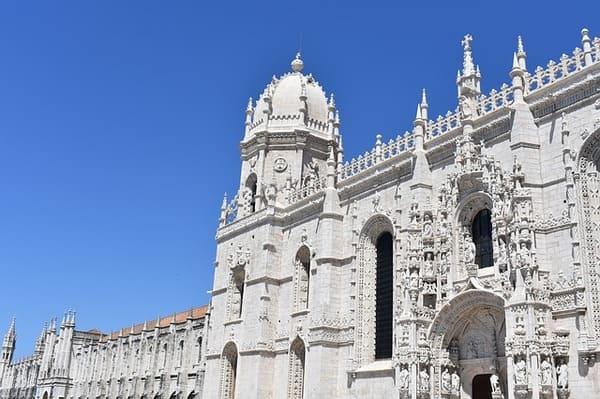 Le-Monastere-des-Jeronimos-Lisbonne-en-4-jours