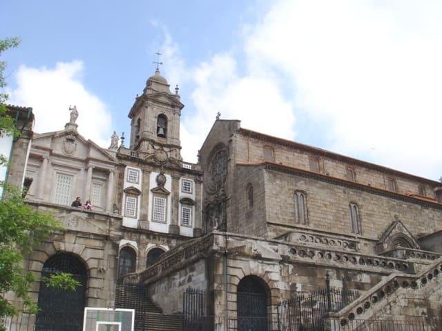 Monument-Eglise-de-Saint-Francois