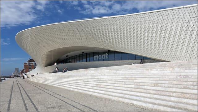 Visita-un-museo-de-Lisbona